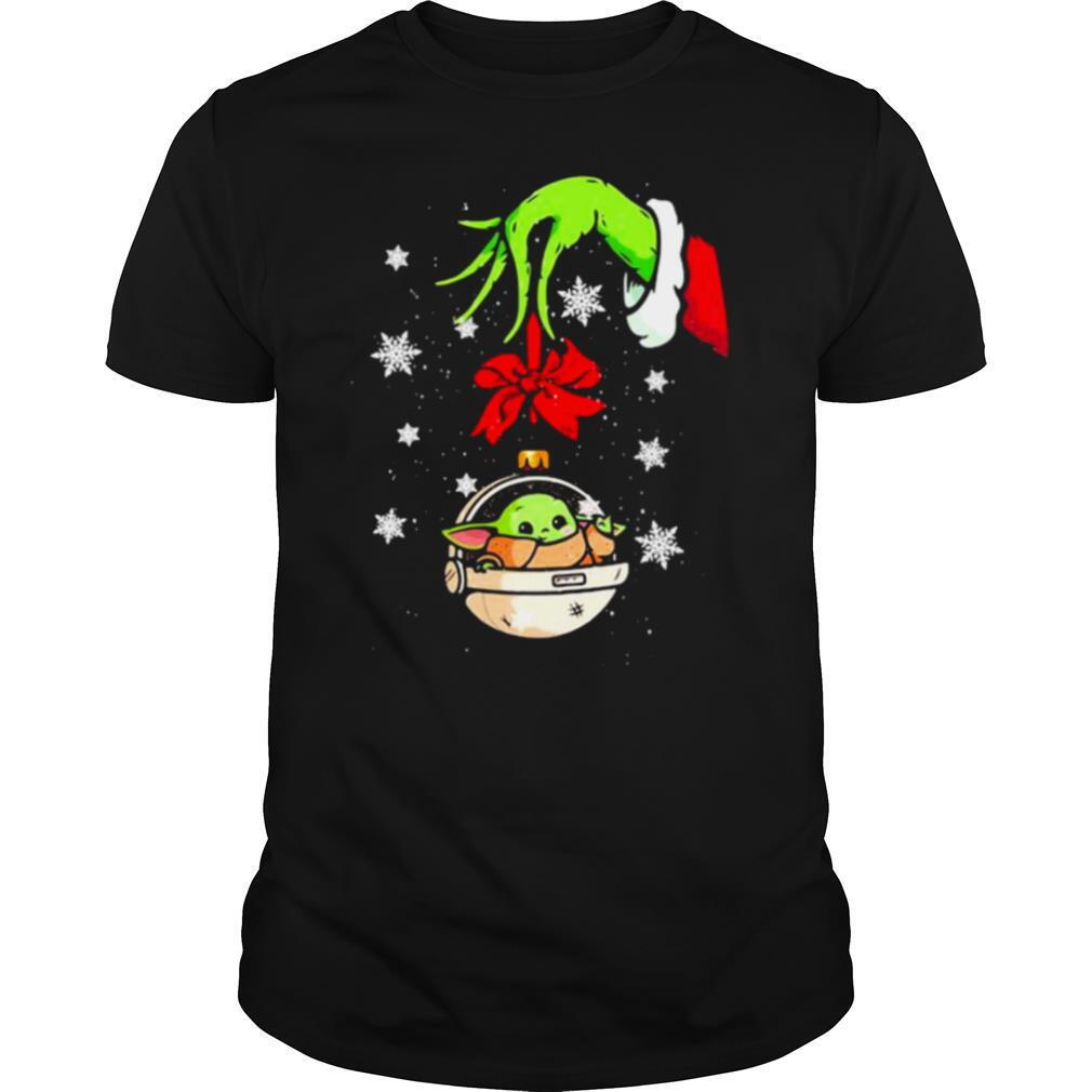 Merry christmas grinch holding baby yoda shirt