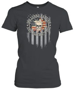 Skull she loves tattoos and america too  Classic Women's T-shirt